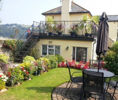 Elim Bed and Breakfast, Dartmouth